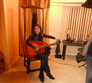 Linda Chorney singing at a film shoot