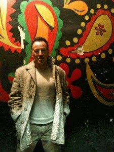 Bruce Springsteen posing at the Upstage in 2011